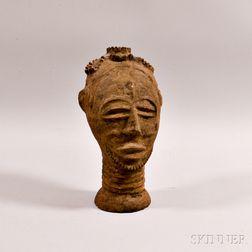 Akan Pottery Head