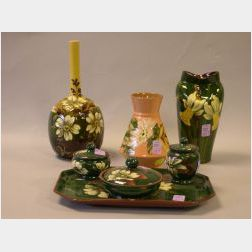 Aller Vale Barbotine Daisy Bottle Vase, Watcombe Four-Piece Floral Decorated Dresser Set, a Longpark Daffodil Pinched Vase, and a Torqu