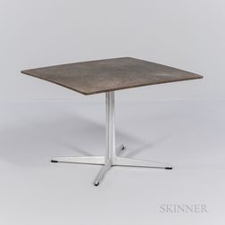 Arne Jacobsen (1902-1971) for Fritz Hansen Square-top Side Table
