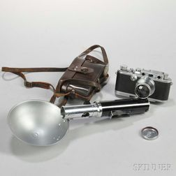 Leica IIIa with E. Leitz New York Flash