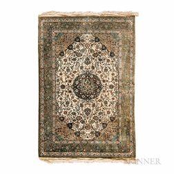 Silk Isfahan-style Rug