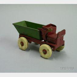 Cast Iron Dump Truck No. 832
