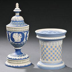 Two Modern Wedgwood Three-color Jasper Diceware Items