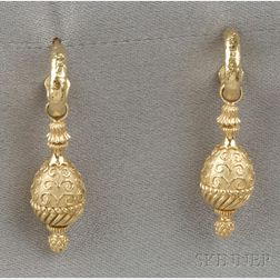 "18kt Gold ""Brocade"" Earpendants, Cynthia Bach"