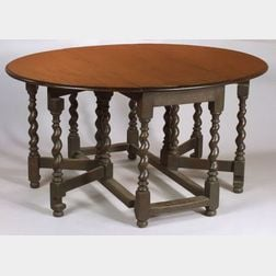 William and Mary Style Oak Drop-leaf Gate-leg Table