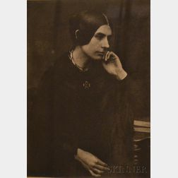 David Octavius Hill and Robert Adamson (British, active c. 1843-1848)      Lady in Black