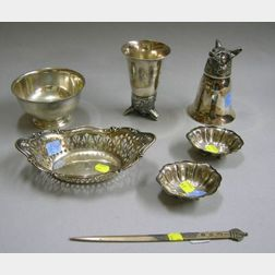 Six Assorted Sterling Silver Items and a Pair of Silver Plated Stirrup Cups
