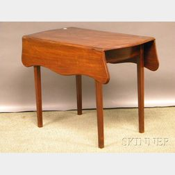 Federal-style Inlaid Mahogany and Birch Serpentine Drop-leaf Pembroke Table