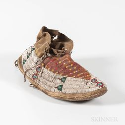 Single Plains Beaded Hide Moccasin