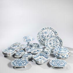 Fourteen Meissen Porcelain Tableware Items