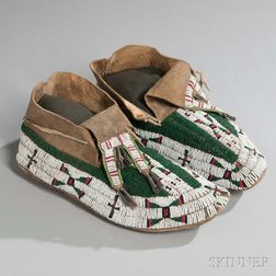 Northern Sioux Beaded Hide Moccasins