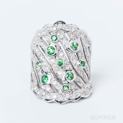 18kt White Gold, Tsavorite Garnet, and Diamond Ring