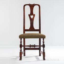 Queen Anne Pierced Heart Vase-back Side Chair