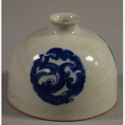 Chinese Blue and White Medallion-decorated Porcelain Beehive-form Coupe