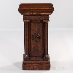 Oak Odd Fellows Podium with Chain Link Decoration