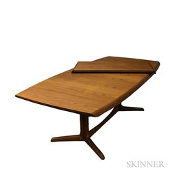 Benny Linden Design Teak Dining Table with Two Leaves