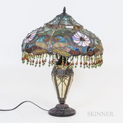 Tiffany-style Leaded Mosaic Glass Dragonfly Table Lamp