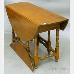 William & Mary-style Maple Drop-leaf Gate-leg Table