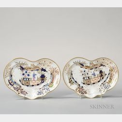 Pair of Chamberlain's Worcester Porcelain Dishes