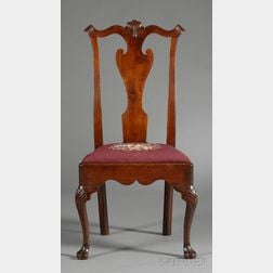 Queen Anne Walnut Shell-carved Side Chair