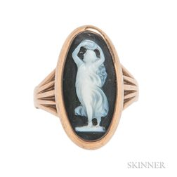 Antique 18kt Gold and Agate Cameo Ring