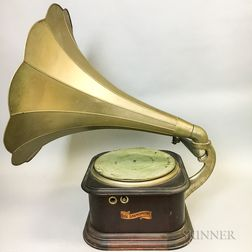 Columbia Records Graphophone and Horn