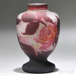 Muller Fréres Cameo Vase