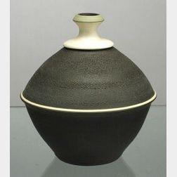 """Wedgwood """"Frank Brookes"""" Designed Studio Pottery Vase"""