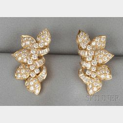 18kt Gold and Diamond Flower Earclips