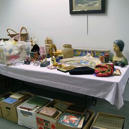 Large Group of Miscellaneous Decorative Items