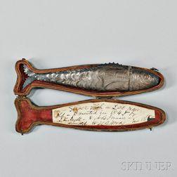 Silver Fish-form Etui