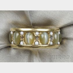 18kt Gold and Cat's-eye Chrysoberyl Wedding Band