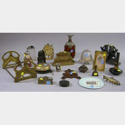 Group of Miscellaneous Desk and Collectible Items