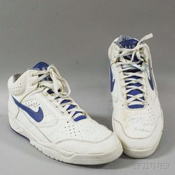Boston Celtics Xavier McDaniel Autographed Size 16 Nike Air Basketball Sneakers.     Estimate $20-200