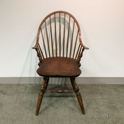 Continuous-arm Bow-back Windsor Chair