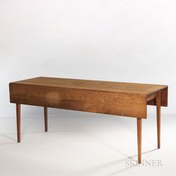 Thomas Moser Drop-leaf Harvest Dining Table