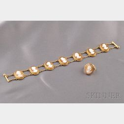 14kt Gold and Shell Cameo Bracelet