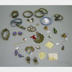 Group of Assorted Asian Jewelry