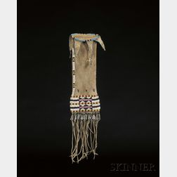 Central Plains Beaded Hide Pipe-bag