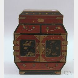 Small Japanese Lacquerware Trinket Cabinet.