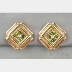 18kt Gold, Peridot, and Diamond Earclips