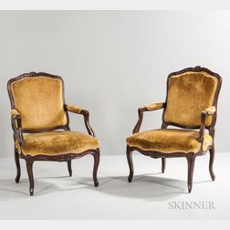 Pair of Louis XV-style Walnut Fauteuil