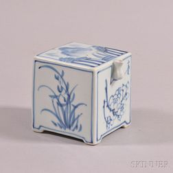 Blue and White Porcelain Water Dropper