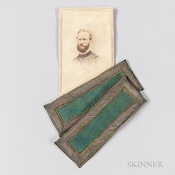 Pair of 2nd Lieutenant of Rifles Shoulder Boards and a Carte-de-visite