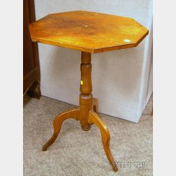 Federal Octagonal-top Walnut Candlestand