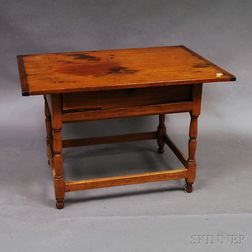 Country Maple Tavern Table