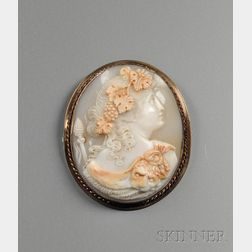 Finely Carved Shell Carved Cameo Brooch