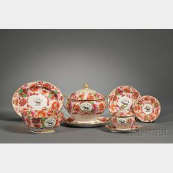Assembled Barr, Flight & Barr Worcester Porcelain Armorial Decorated Service