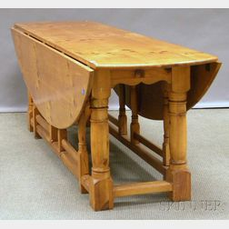 William & Mary-style Pine and Pine Veneer Drop-leaf Gate-leg Dining Table