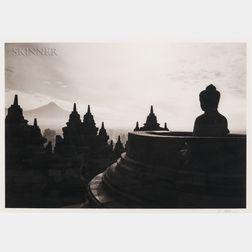 Kenro Izu (Japanese, b. 1949)      Borobudur #15, Indonesia
